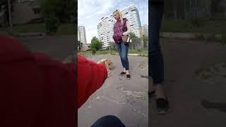 Очень милая злая собакаШпиц- знакомство, репортаж!Very beautiful angry cute dog is scaring of me,lol